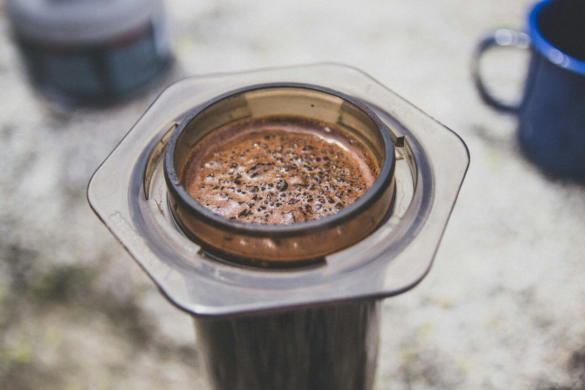Приготовление кофе с помощью аэропресс - пошаговая инструкция