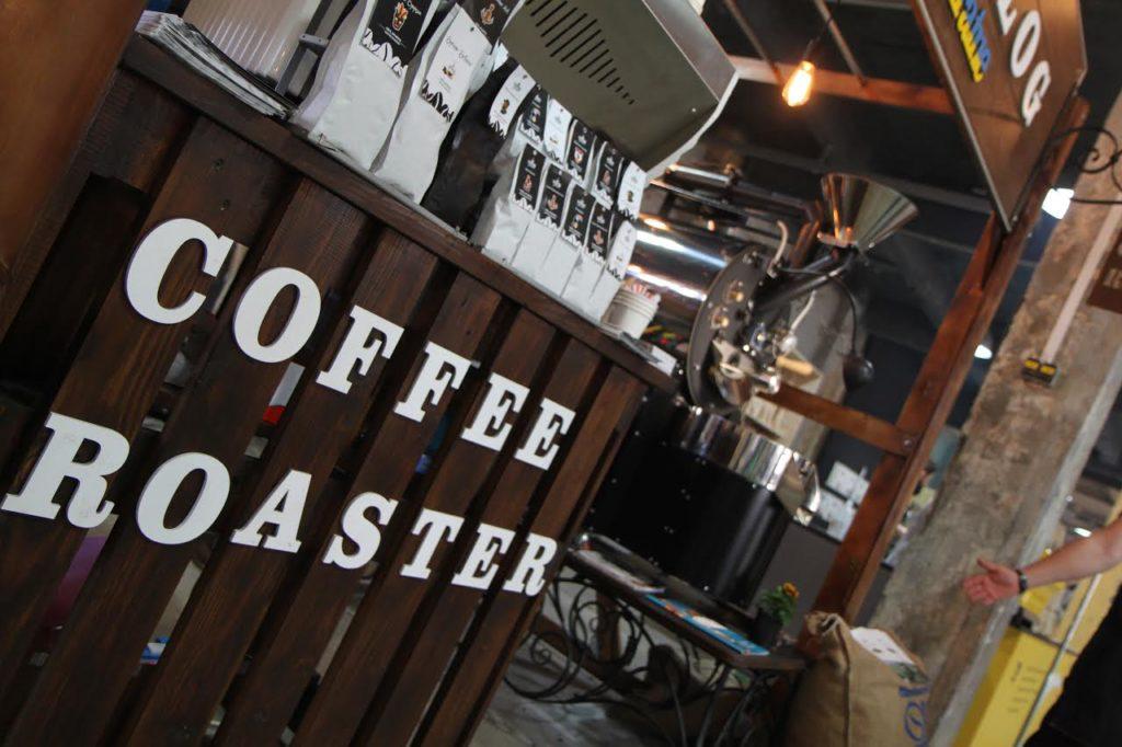 Мы обжариваем кофе на ростере украинского производства